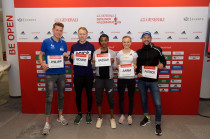 Philipp Pflieger (GER), Richard Ringer (GER), Sifan Hassan (NED), Anna Hahner (GER), Patrick Lange (GER) (from left to right)
